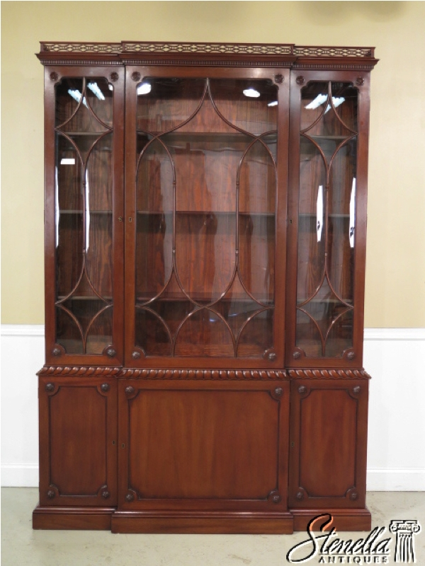 KITTINGER CW 38 Colonial Williamsburg Mahogany Breakfront. www stenellaantiques com